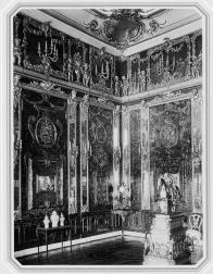 Amber Room in Catherine Palace. Photo by F.Nikolaevsky. The 1900s.