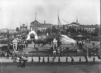 Sacred Procession on the Senate Square during the Celebration of the 200th Anniversary of St. Petersburg. Photo of May 16, 1903.
