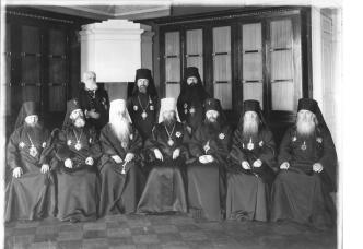 Members of the Holy Synod. Photo, May 7, 1915.