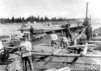 The constructing of the Tsarskoye Selo water supply system.